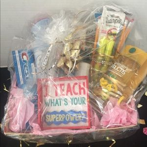 Brand New Women's Gift Basket 🧺